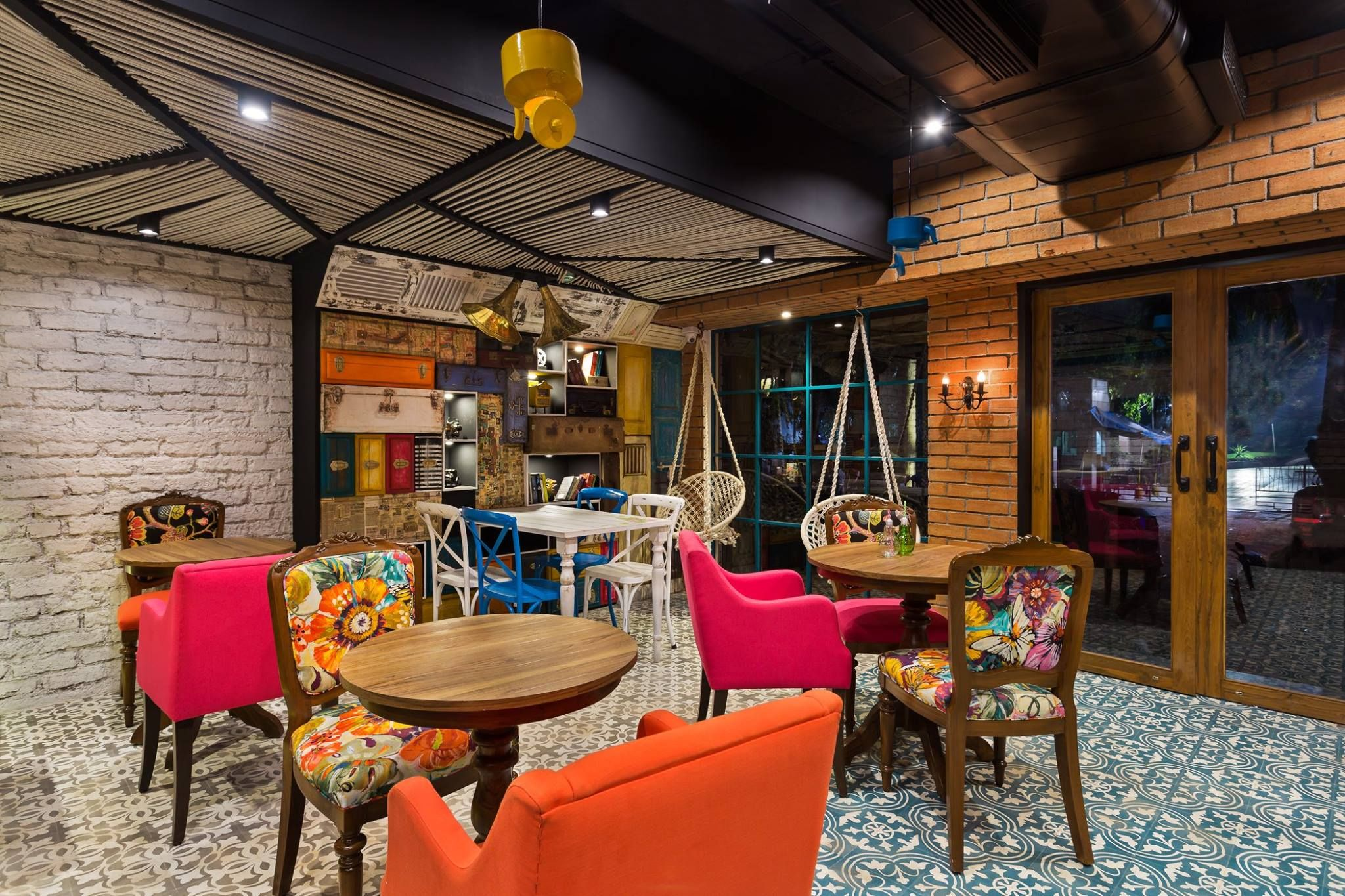 A Rustic Vintage Themed Cafe From The Use Of Loud Colours Against An Antique Background To The Use Of Kitchen Elements We Design Design Studio Color Balance
