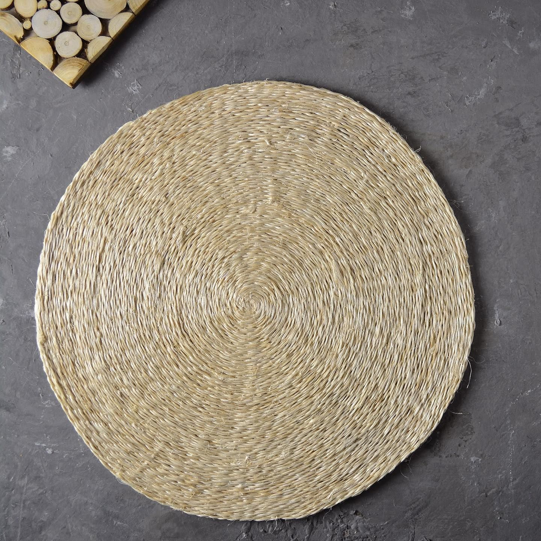 لبادة طاولة طعام من الألياف الطبيعية مصنوعة يدويا قطر 37 سم بسعر 35 ريال Decor Home Decor Home