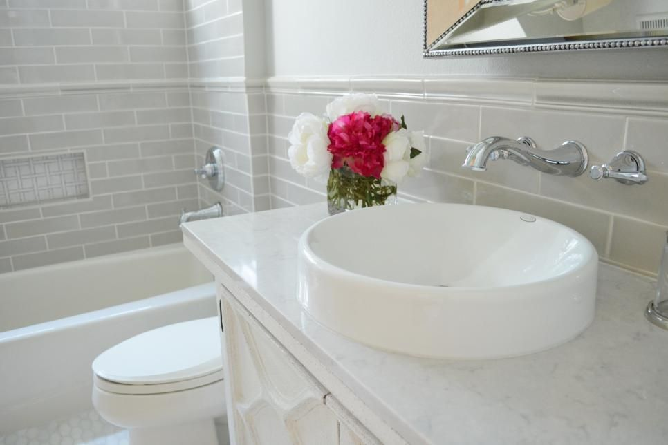 Before And After Bathroom Remodels On A Budget Small Bathroom Makeover Bathrooms Remodel Bathroom Makeover