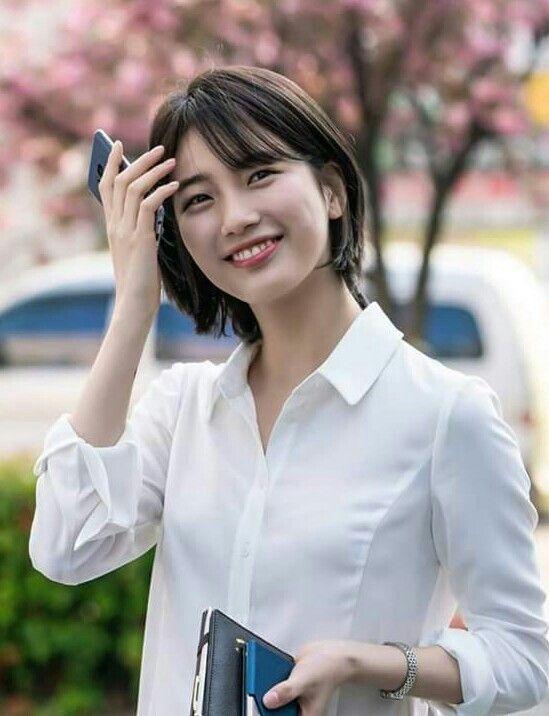 Suzy Short Hair While You Were Sleeping Kdrama Gaya Rambut Pendek Ide Gaya Rambut Potongan Rambut Pendek
