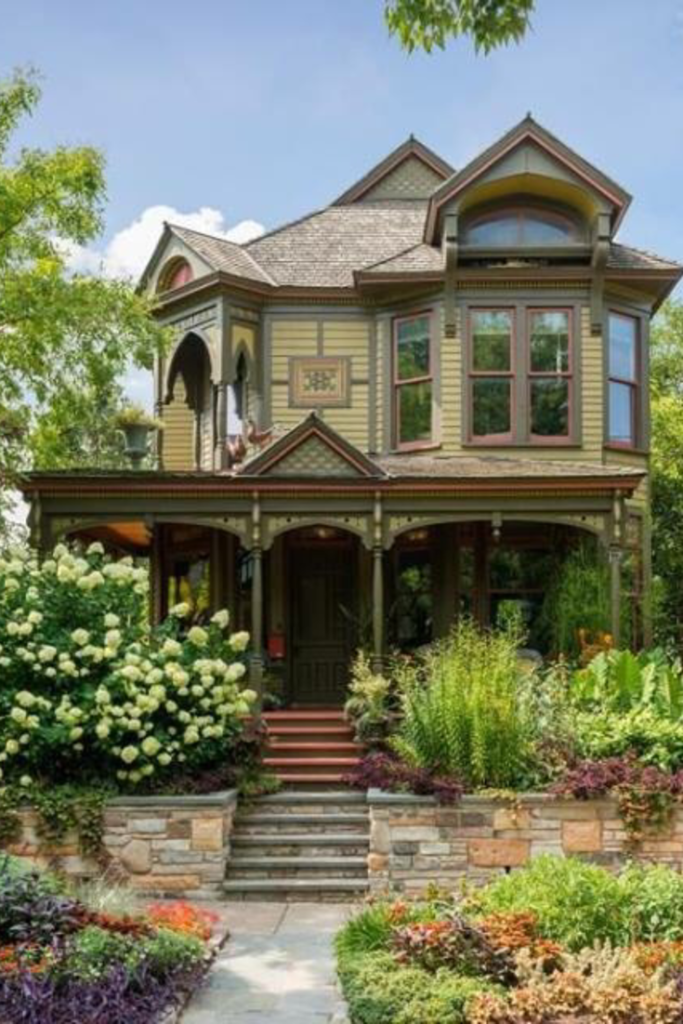 1889 Victorian In Saint Paul Minnesota Captivating Houses American Houses Victorian Homes Fantasy House