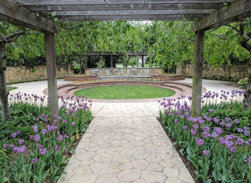 Find Botanica Wichita Ks Wedding Venue One Of Best Venues