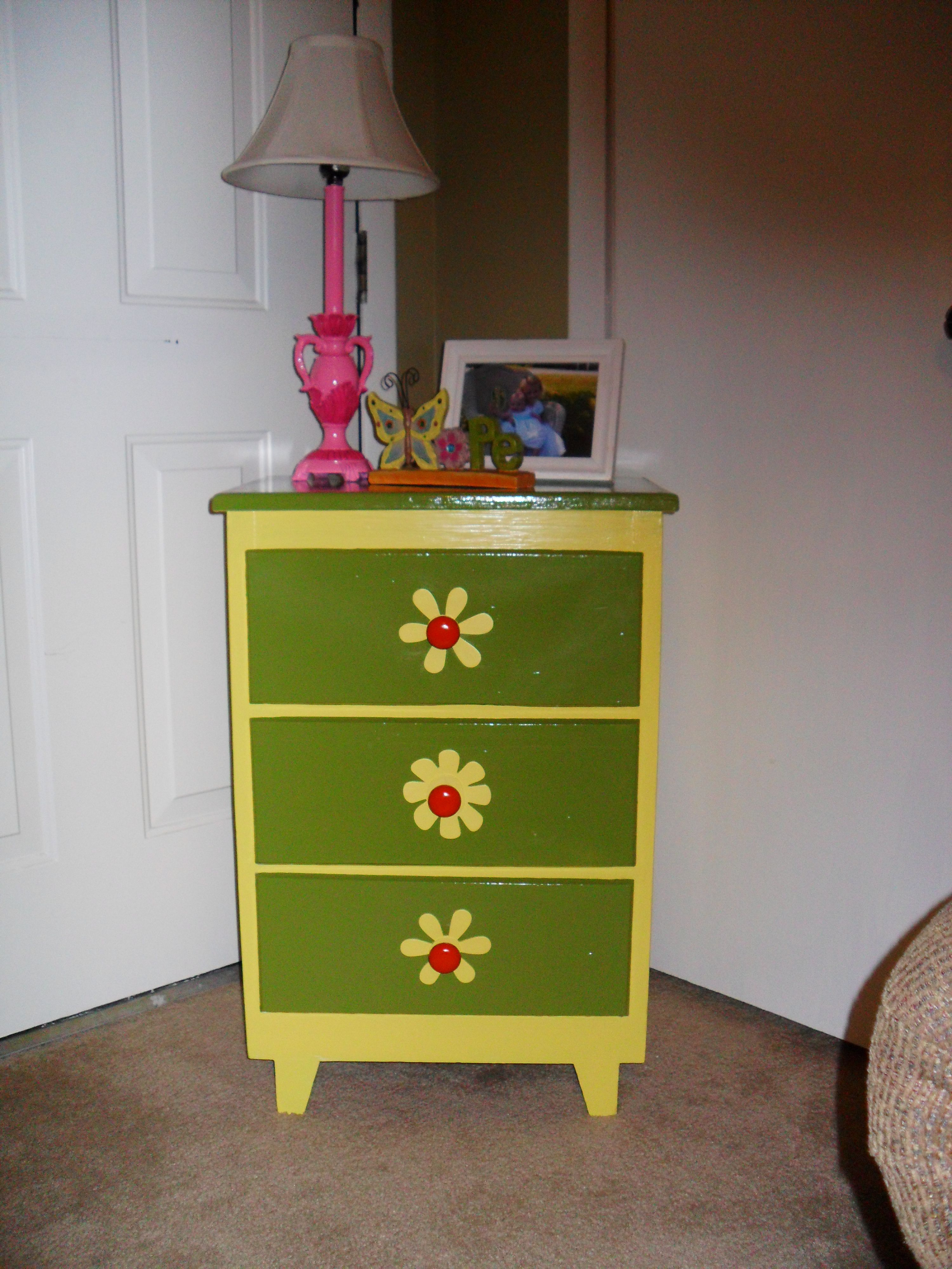 Pink Bedside Table: Pin On Things I Did That I LOVE Or That I Did