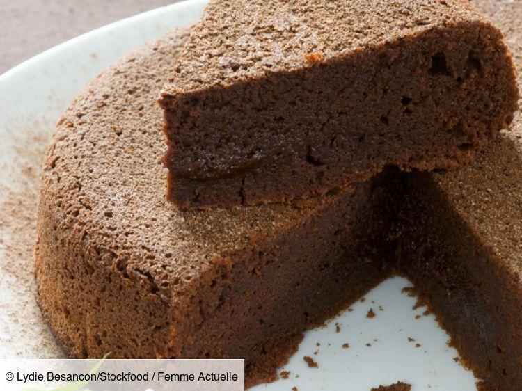 Gâteau au chocolat sans beurre | Recette en 2020 | Gateau ...