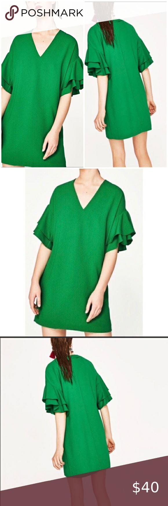 Women/'s NWT ZARA W//B Collection SMALL Cap Sleeve VNeck Blue//Green//Tan Floral Top