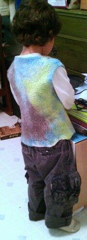Felt vest in merino and tencel.
