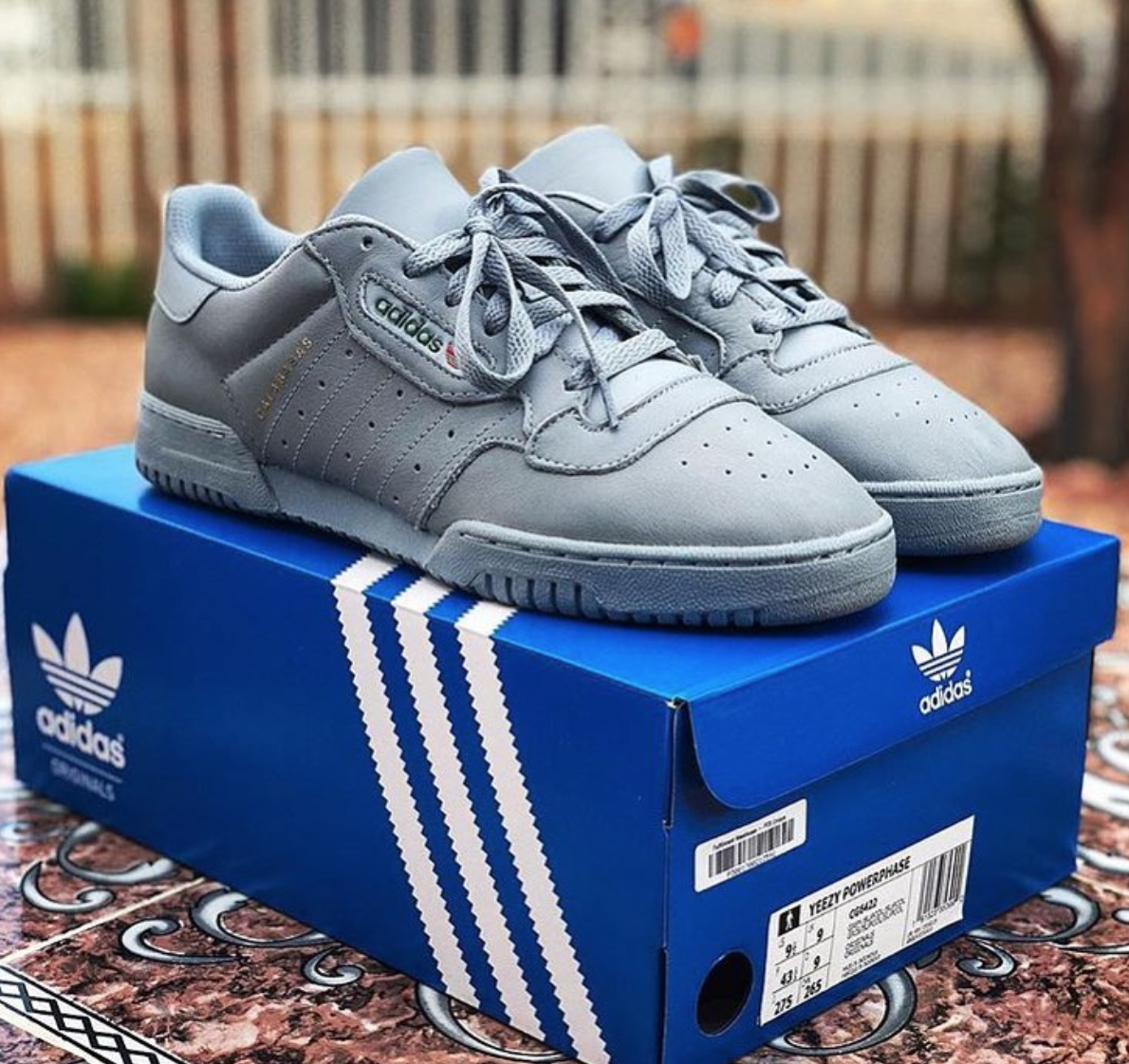 4e20e84776a Watch out for fake Yeezy Powerphases online, get a 27 point step-by ...