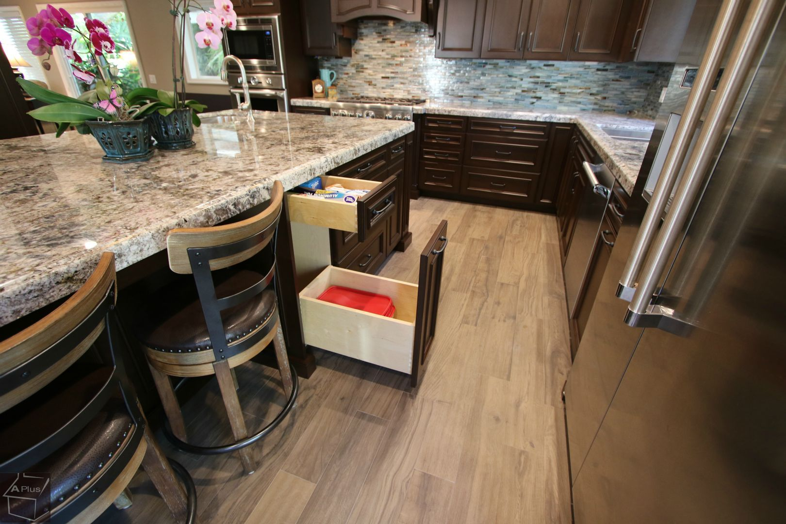 Design Build Traditional Kitchen Remodel With Aplus Cabinets In