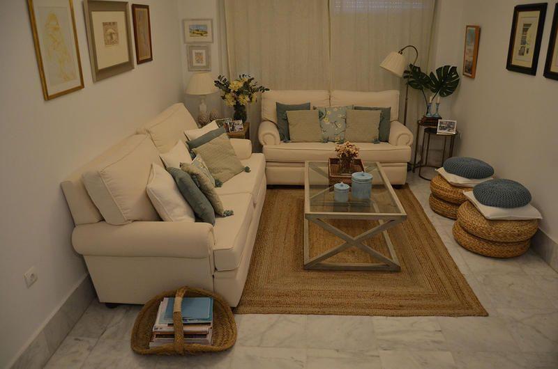Os invitamos a conocer la casa de María en Sevilla, cuidada al detalle con mimo y decorada con encanto. #casas #casalectora
