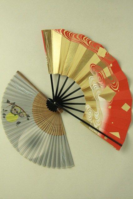 Black flame, japanese fan / 黒骨 朱色地流水箔柄舞扇とふくろう柄扇子のセット#Kimono #Japan http://global.rakuten.com/en/store/aiyama/