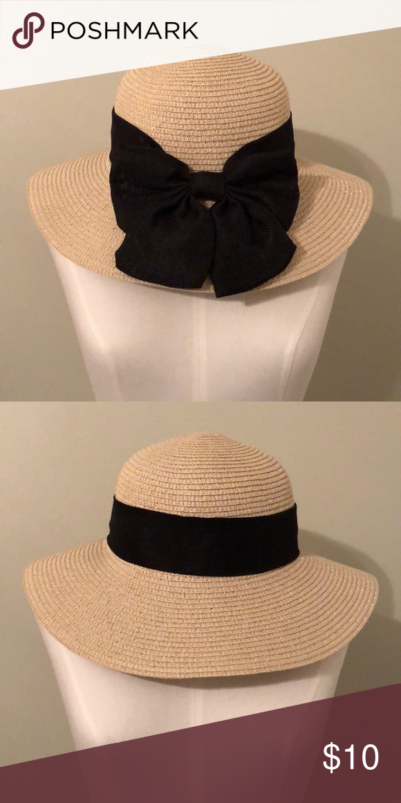 b72d96959261 Wide brim straw beach hat with wind proof strap Brand new (without tag as  it was ordered from Amazon) khaki-colored straw hat with black ribbon  Accessories ...