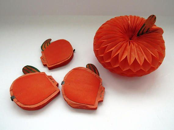 Vintage Honeycomb Pumpkins - Set of 4 - Art Tissue Decorations - halloween decorations party