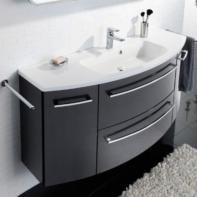Badezimmer von NOVEL ein Traum in Weiß Badezimmer Pinterest - badezimmer unterschrank mit waschbecken