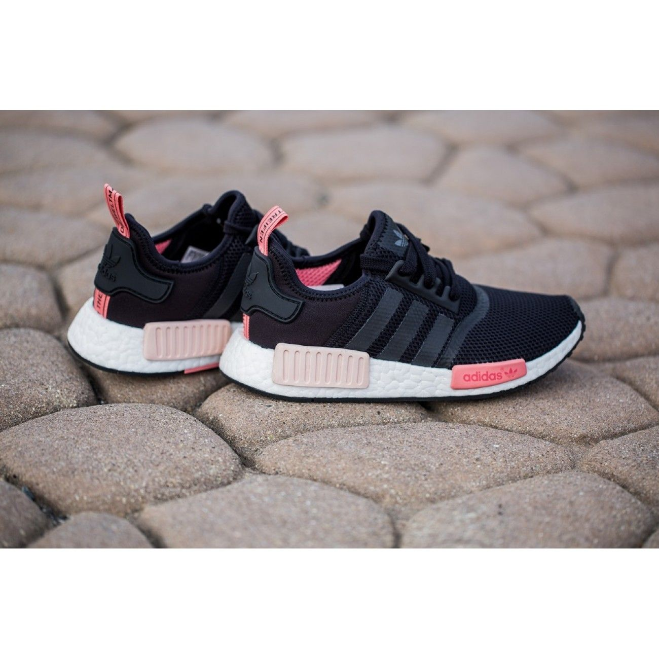 Adidas NMD_R1 Runner W 'Core Black/Peach pink'