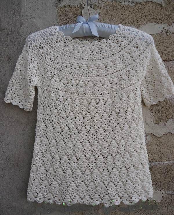 white colour crochet top crochet sweater crochet blouse et item 1033 http://ift.tt/1OIpo7E mooncakeshop January 11 2016 at 01:42AM crochet Crochet jacket crochet top crochet sweater crochet tops crochet blouse crochet lace blouse