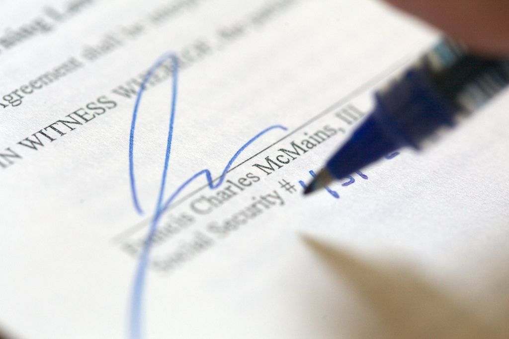 Key Things That Should Be In Your Employment Contract  Keys And