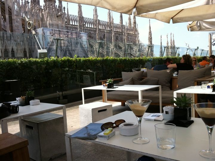 La terrazza in milano la rinascente a high quality department store on the piazza duomo has recently redesigned its exterior with a more modern look