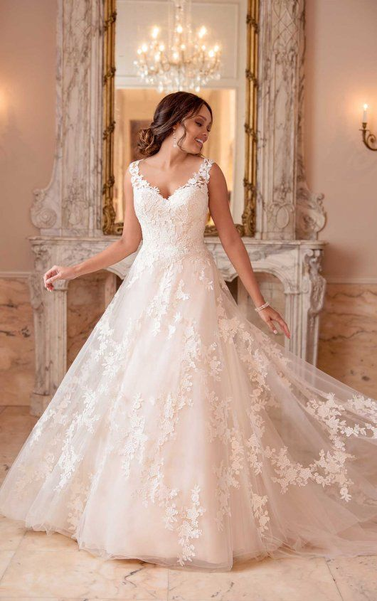 Stella York 6649 Wedding Dress | Sample, Size: 16, $899 #weddingfall