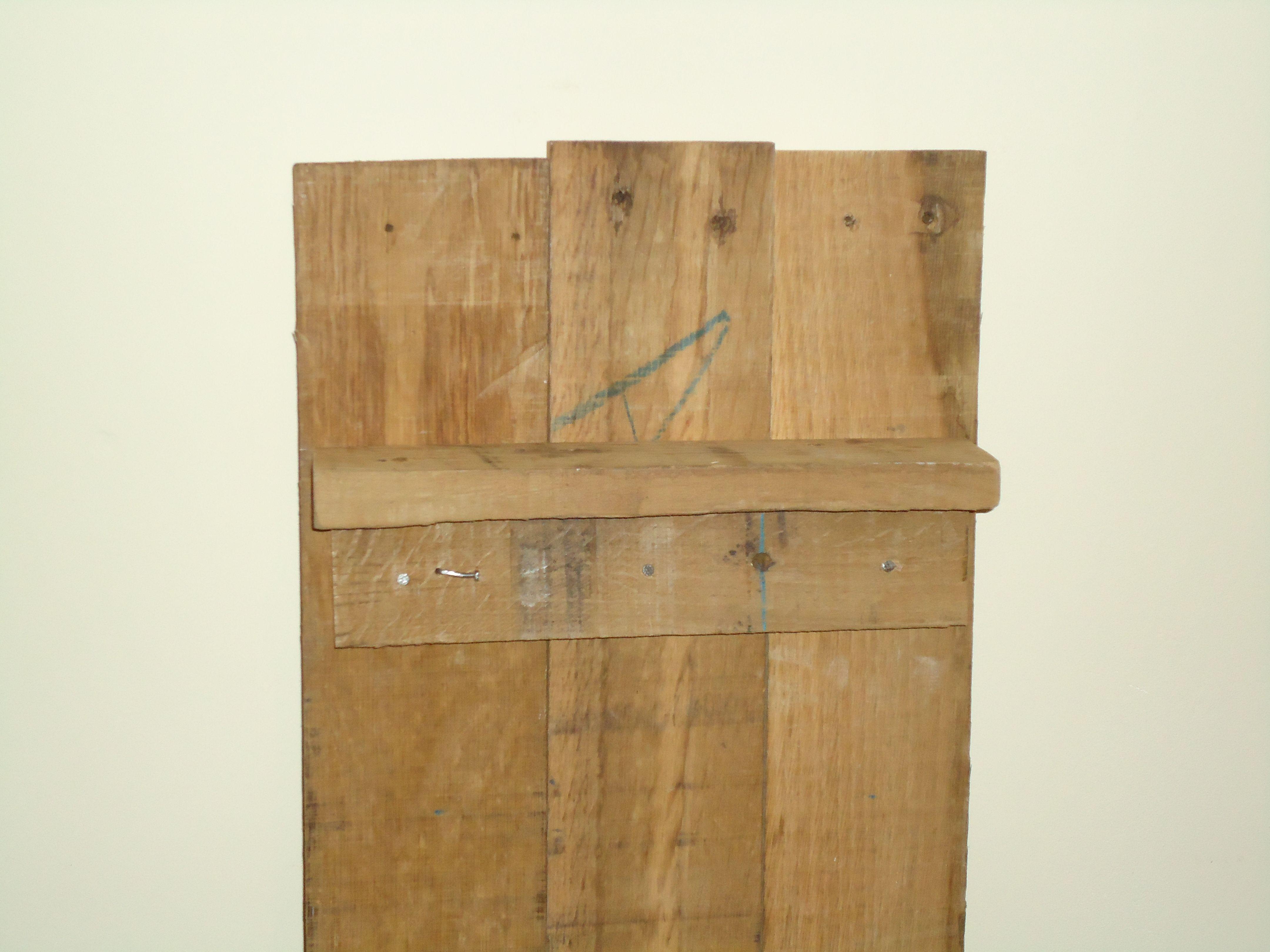 Mooie presentatiekast van oude eiken planken uniek met de hand