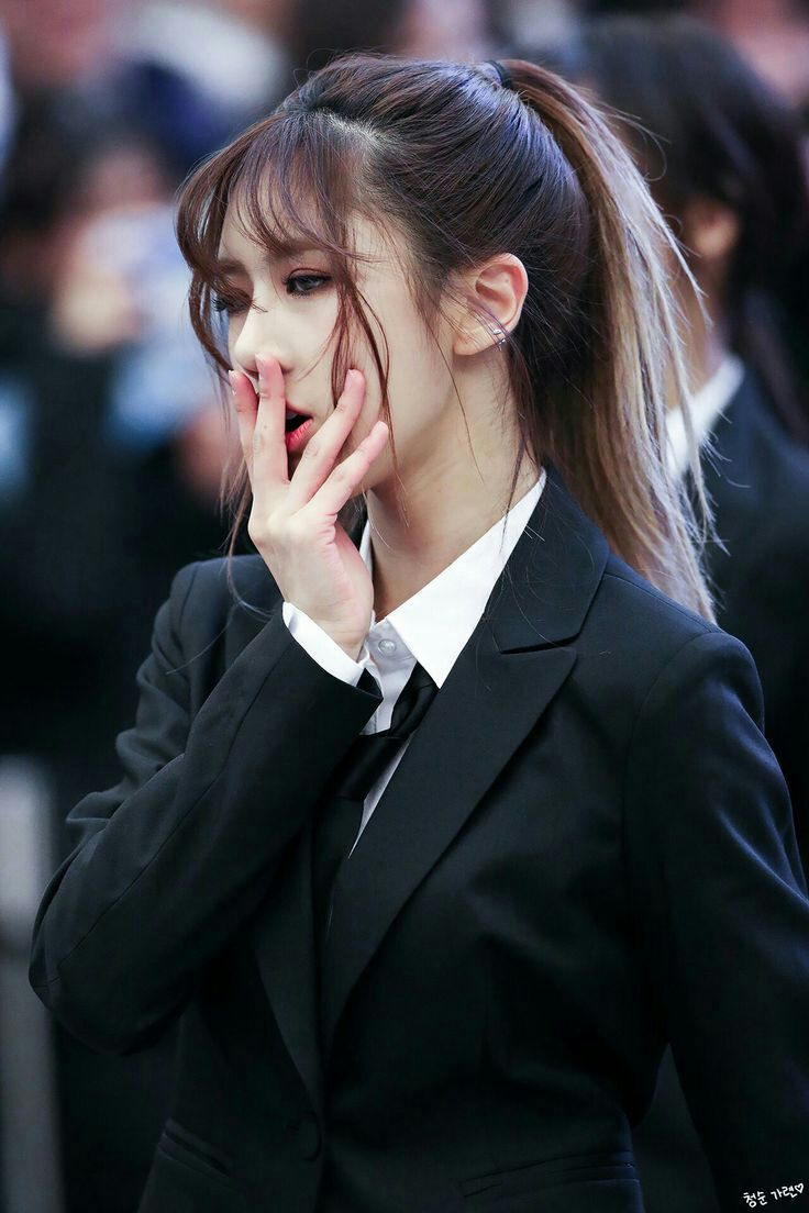Oh God, Cant Handle Yoohyeon In A Suit  Dreamcatcher -3226