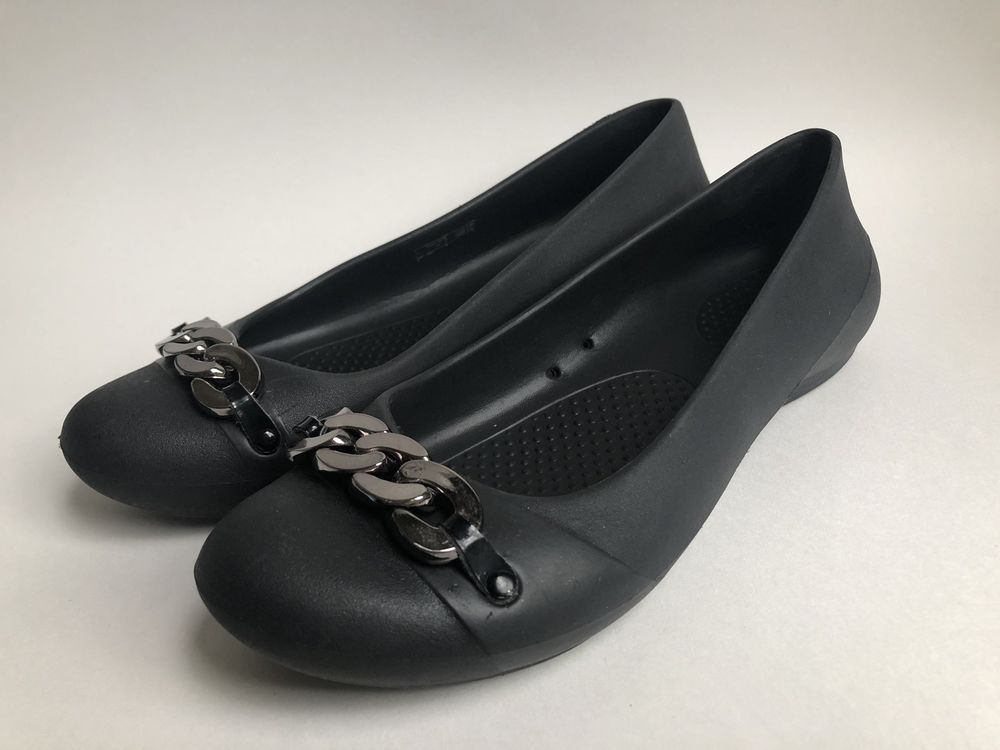 99f25d63b42b9 Crocs Gianna Womens Ballet Flats Slip On Silver Chain Link Accent Black  Size 7  fashion  clothing  shoes  accessories  womensshoes  flats (ebay link )