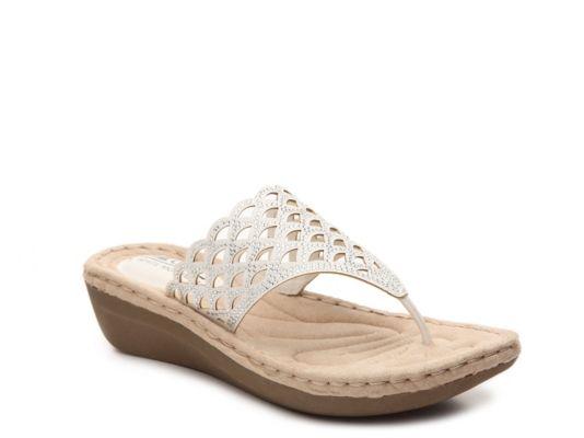 Women's Cameo Wedge Sandal