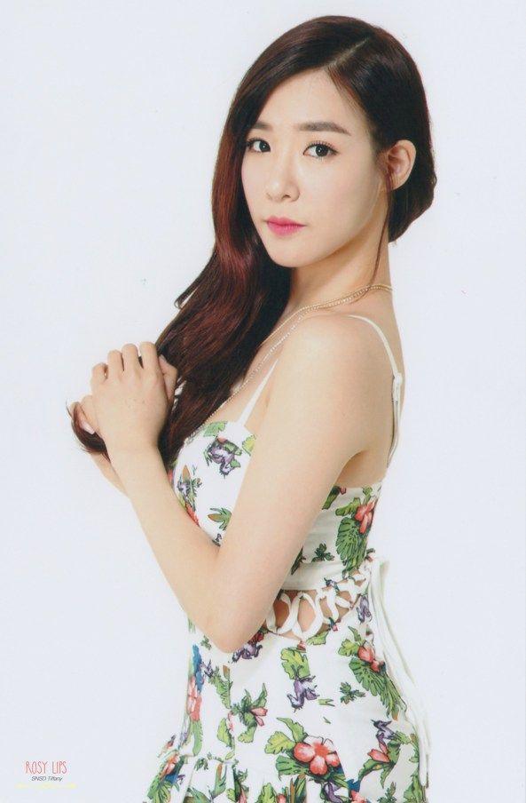 صور بوتوكارت تيفاني في معرض Smtown الرسمي Girls Generation Tiffany Girls Generation Kpop Girls