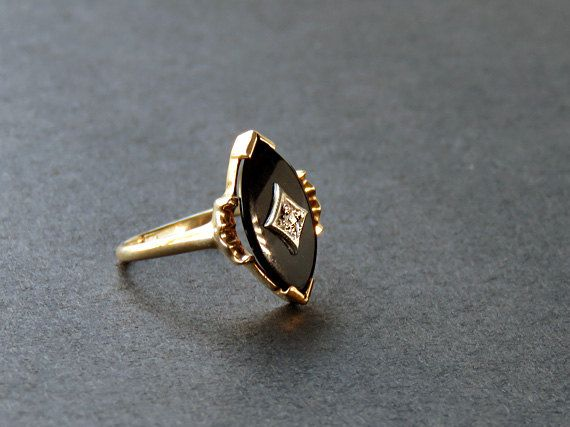 Vintage Black yx and Rose Cut Diamond Ring 0222 42