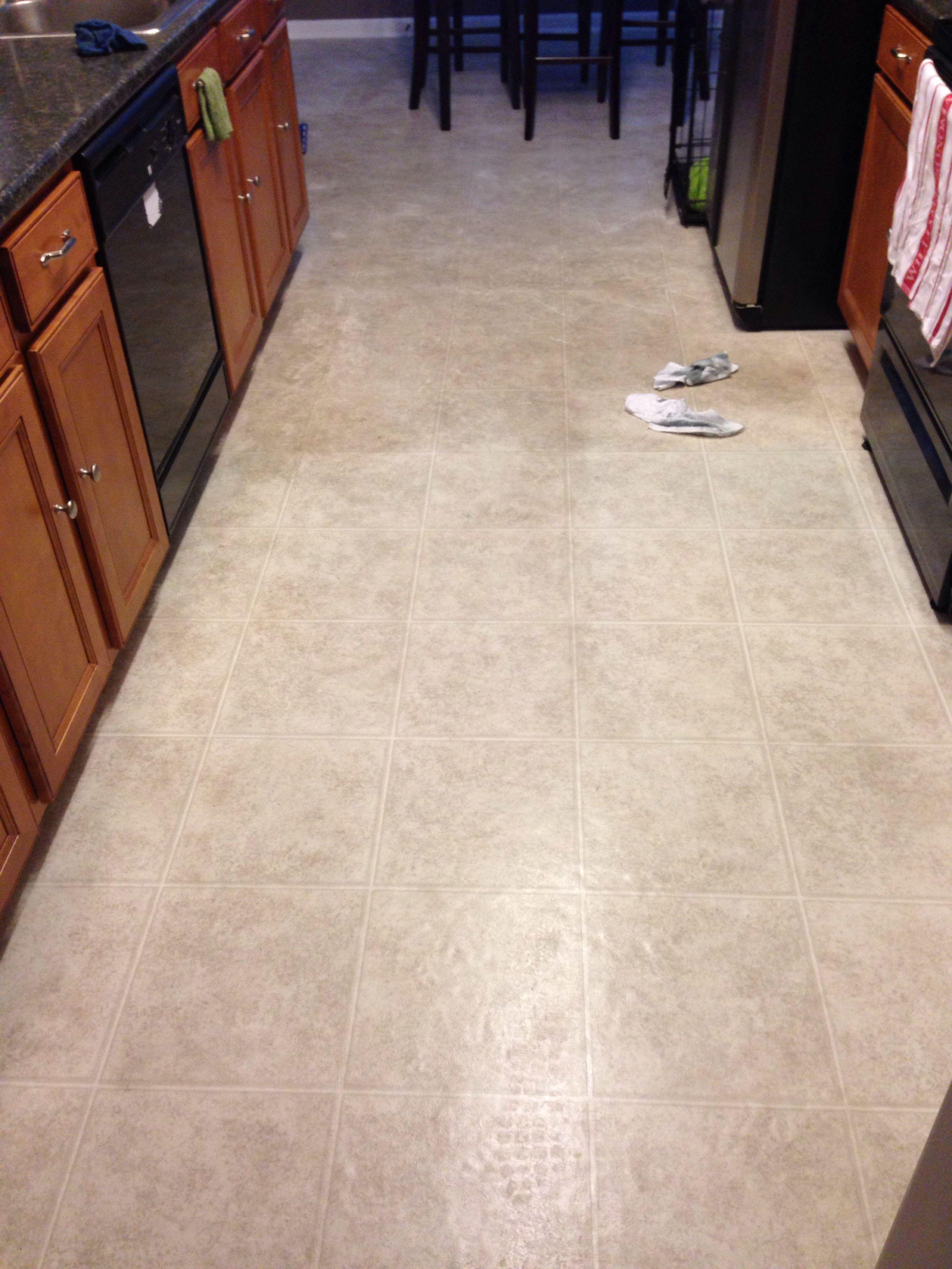 Use an sos pad to clean vinyl floors diy ideas pinterest clean use an sos pad to clean vinyl floors dailygadgetfo Choice Image