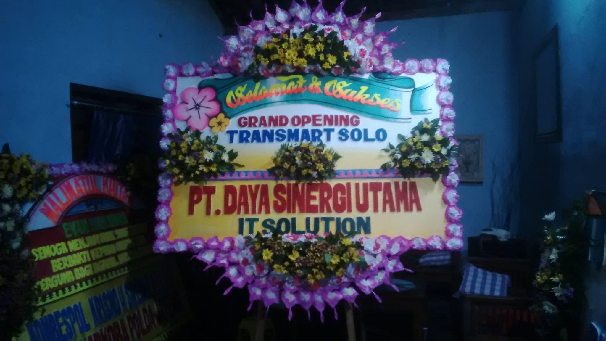 Toko Bunga Salatiga Karangan Bunga Salatiga Kota Bunga Papan Happy Wedding Salatiga Bunga Papan Duka Cita Salatiga Bunga Papan Congratulati Bunga Toko Karangan