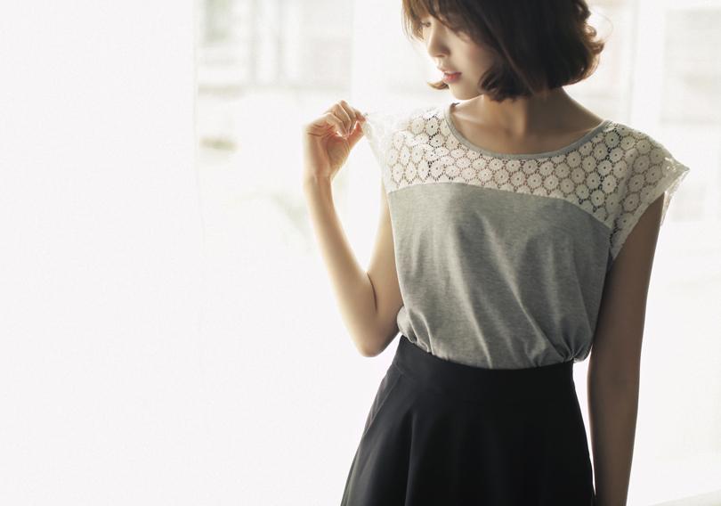 #다홍 #dahong #daily #데일리 #레이스 티셔츠 #lace T-shirts