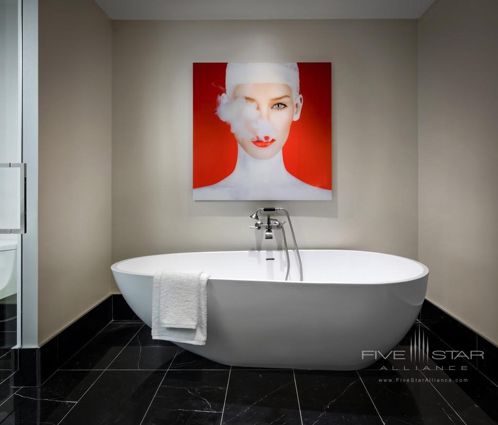 Guest Bath At Bisha Hotel Toronto In Canada