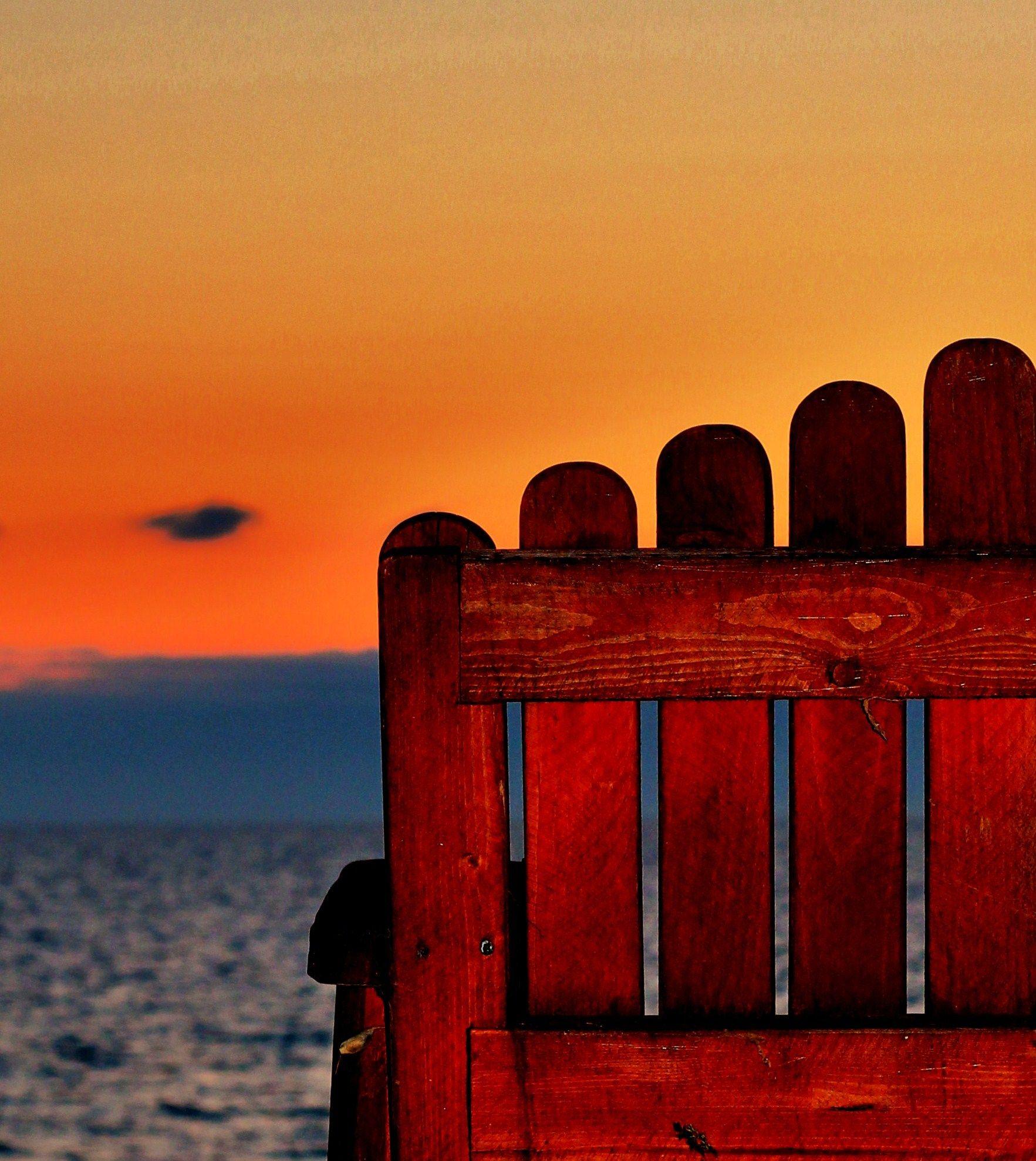 Colorful Lake Michigan Cottage: Life's A Beach, Chair. Caseville, Mi. Lake Huron