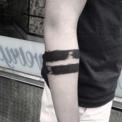 two bold line armband tattoo kal n erit kol band d vmesi. Black Bedroom Furniture Sets. Home Design Ideas