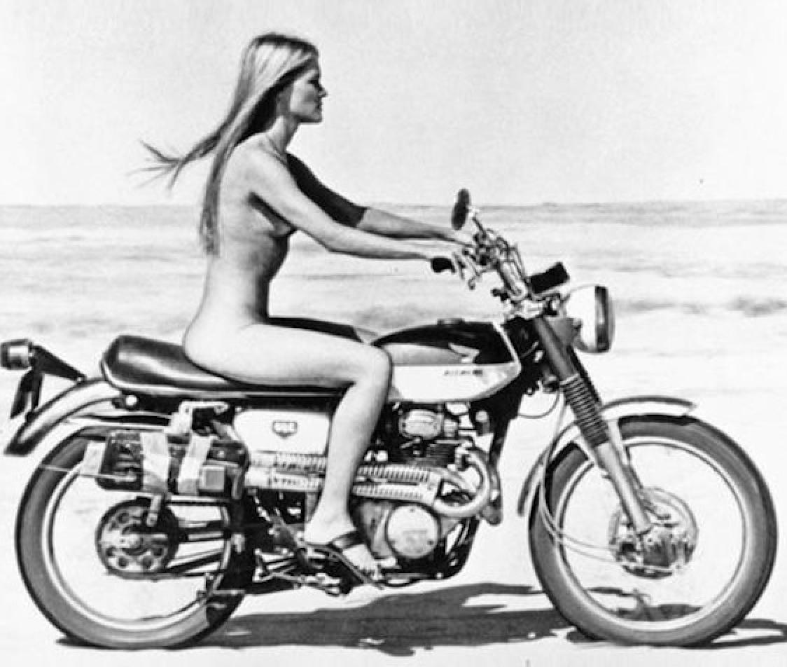 Naked Motorcycle Rider - Httpjohnriebercom20150824 -1884