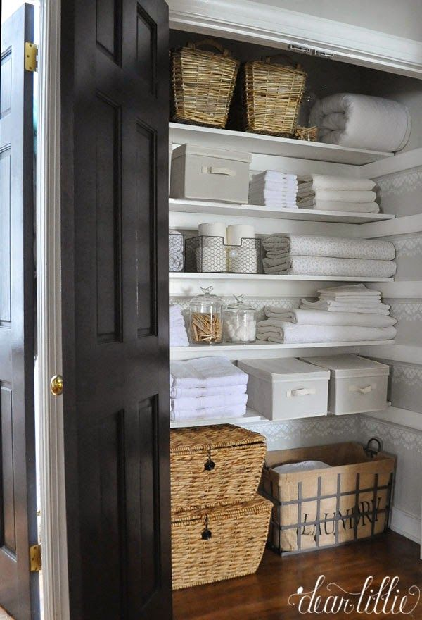 Our Linen Closet Makeover by Dear Lillie | Armario ropa blanca ...