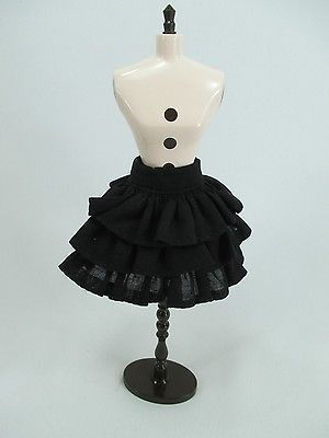 Handmade clothing Layers Skirt for 1:6 scale doll Barbie Blythe #  B-1 (1/6 scale doll skirt, black ruffled tiered skirt, SUPER CUTE and this seller makes them in a bunch of colors - should fit Obitsu and Azone Pure Neemo fine as well.)