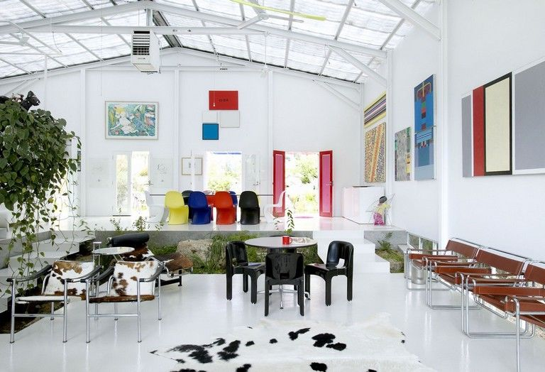 piet mondrian inspired amazing interior design ideas to give your home the de stijl flair interiordesign interiordesignideas also rh pinterest