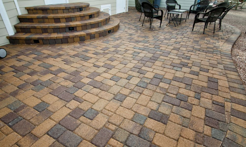 Check Out This Montecito And Bella Blend Of Cambridge Pavers From Belgard