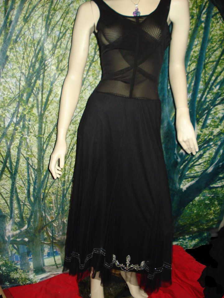 lace goth skirt  size 14  $10.00