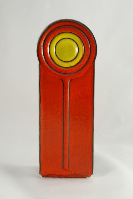 Cari Zalloni: Glazed ceramic vase, 1970s.