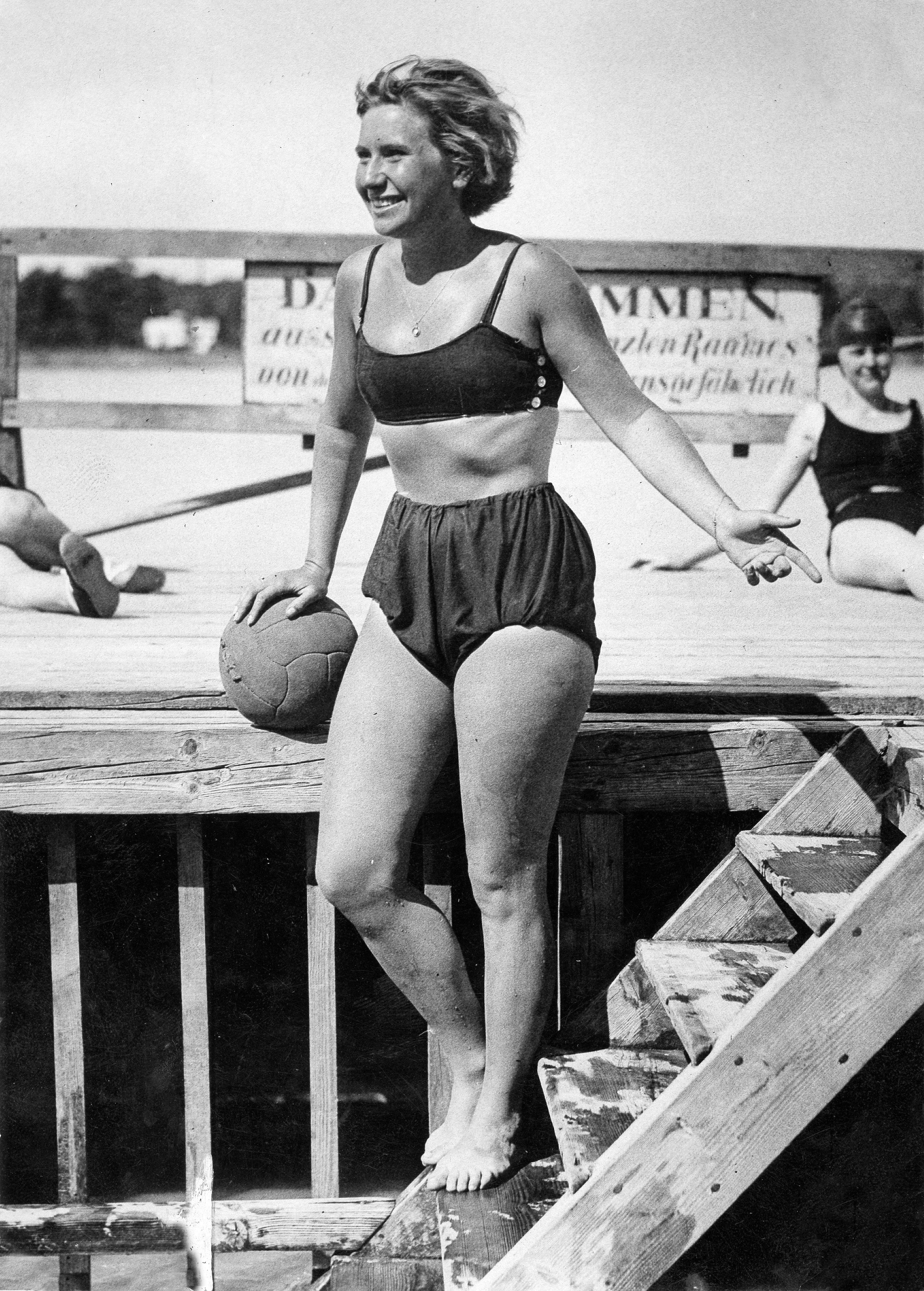 43d98be0d1 80 Vintage Babes in Bathing Suits to Celebrate That It's 80 Degrees ...