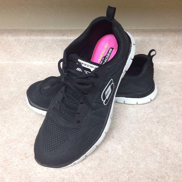 Woman's Skechers Memory Foam Shoes