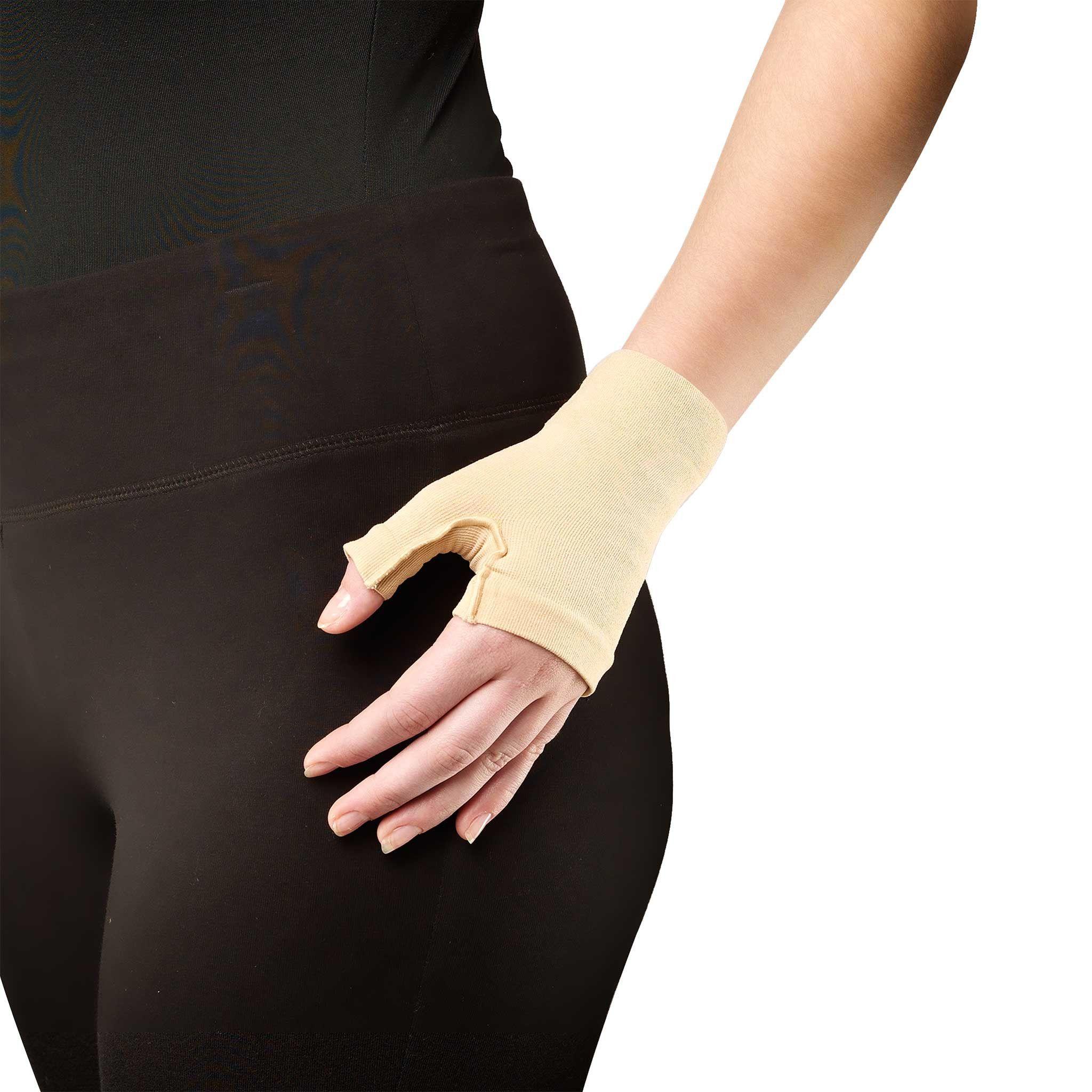 Gauntlet Glove, 20-30 mmHg (Truform 3322)