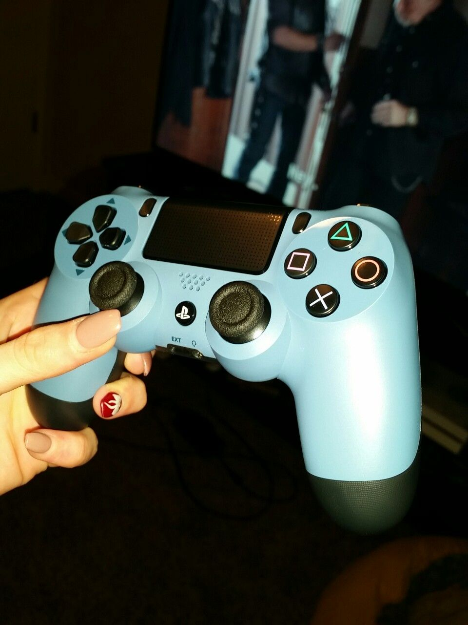Ps4 Controller Uncharted 4 Ps4 Controller Ps4 Games Gamer Girl