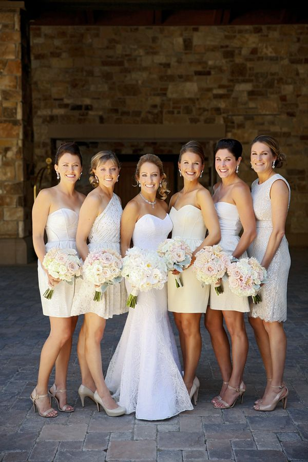 Blush and Ivory Bouquet  || Bridesmaids in Ivory || Bridesmaid Dresses || Images by Pepper Nix Photography || Utah Wedding || The Coordinated Bride Wedding Blog