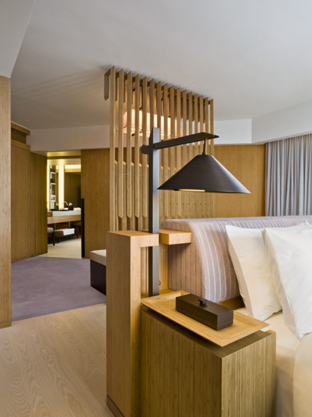 Hotel Guest Room Design: Guest Room At The Upper House, HK