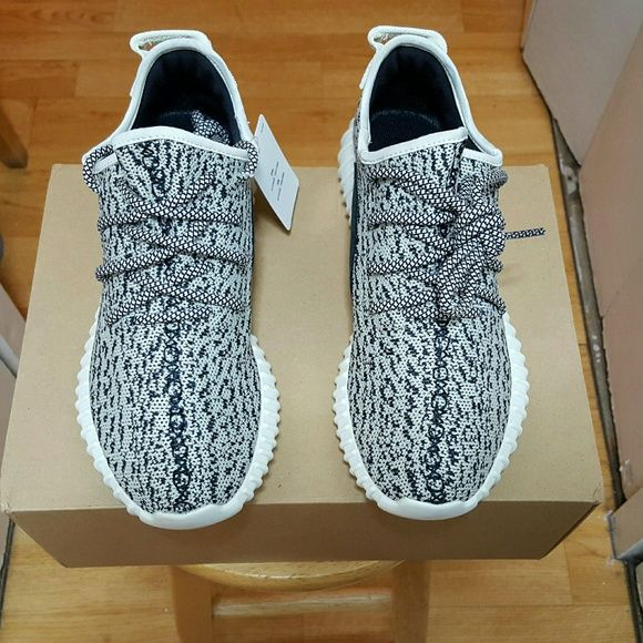 dcac5515e57ef YEEZY BOOST 350 TURTLE Men s Sz 8 Unauthorized Authentic YEEZY BOOST 350  Men s size 8 Never