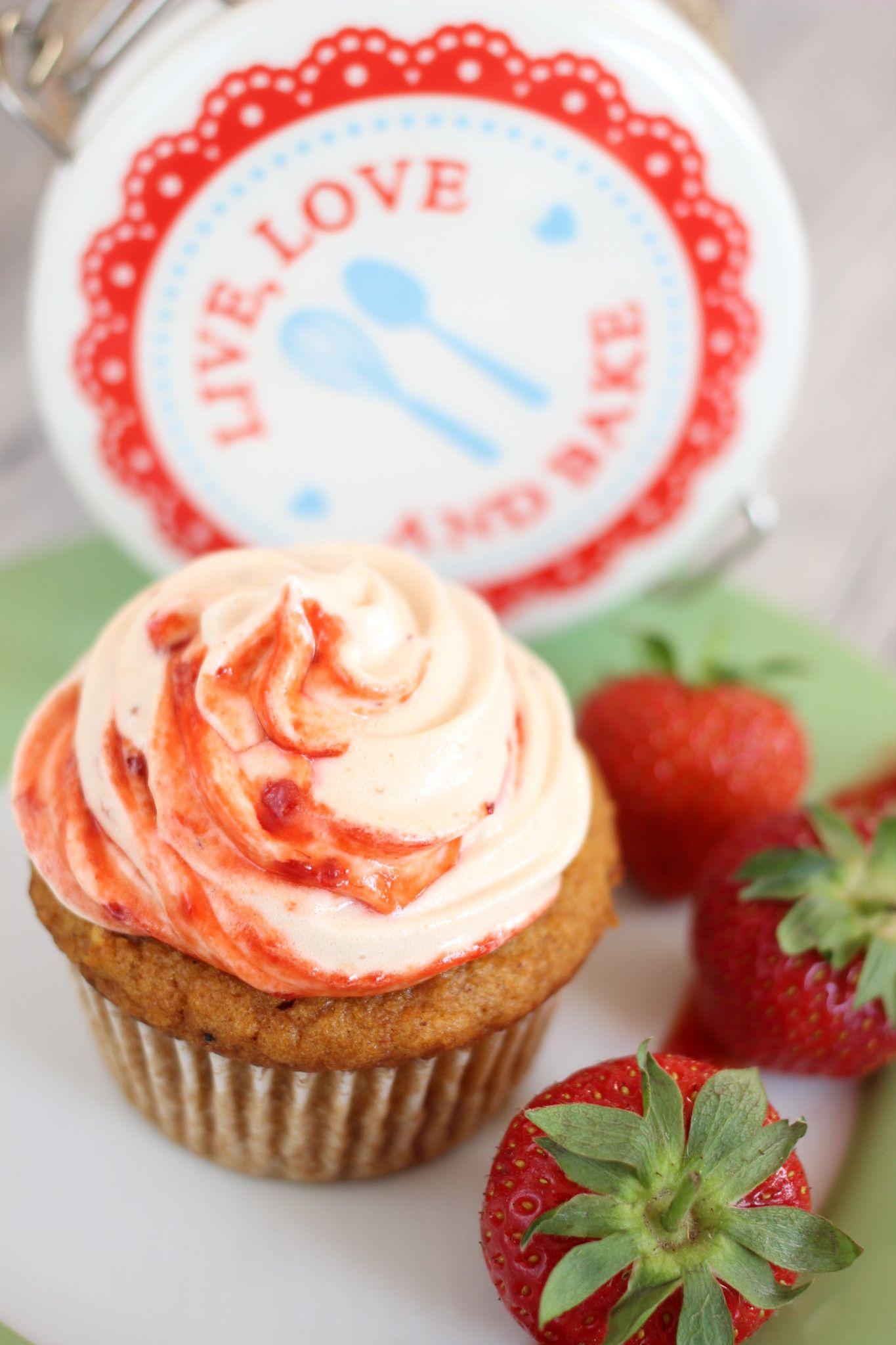Marshmallow Mango Himbeere Cupcake Rezept Cupcakes Lebensmittel Essen Susse Brotchen