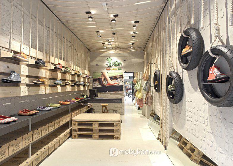 تصميمات ديكورات محلات مميزة ستعجبك بالتأكيد Store Design Interior Shoe Store Design Shop Interior Design
